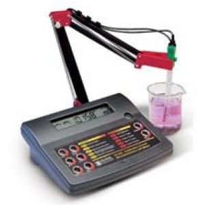 Hanna pH 211 Masa Üstü pH Metre.
